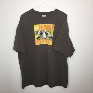 SOLD XXL Nike Brown Record Breakers Graphic Shirt